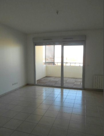 Rental apartment Villeurbanne 808€ CC - Picture 2