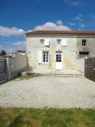 Location maison / villa Entre cognac et jarnac 666€ CC - Photo 1