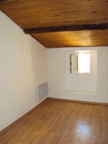 Location appartement St mitre les remparts 620€ CC - Photo 3
