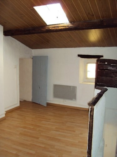 Location appartement St mitre les remparts 620€ CC - Photo 2