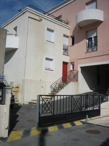Rental apartment Martigues 642€ CC - Picture 1