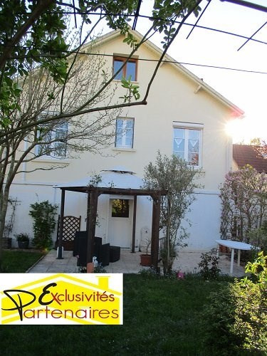 Sale house / villa Dreux 219000€ - Picture 1