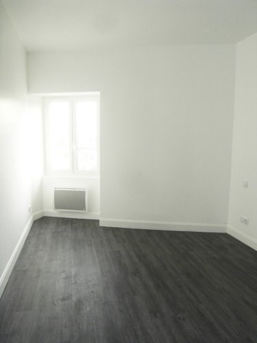 Rental apartment Cognac 520€ CC - Picture 3
