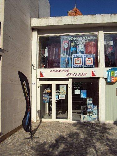 Vente local commercial Martigues 307500€ - Photo 3