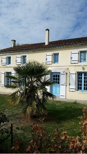 Sale house / villa Entre cognac et jarnac 224700€ - Picture 2
