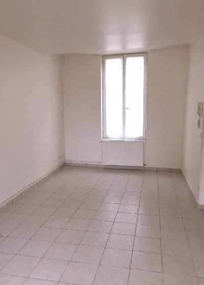 Rental apartment Lisieux 350€ CC - Picture 1