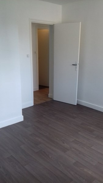 Rental apartment Pont de cheruy 510€ CC - Picture 1