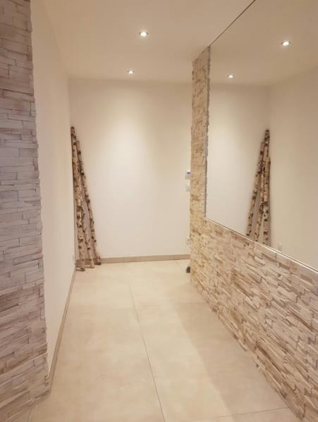 Sale house / villa Reventin vaugris 468000€ - Picture 10