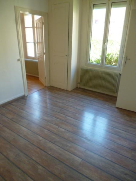 Location appartement Tarare 347€ CC - Photo 3
