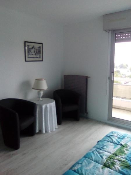 Location appartement Bellerive sur allier 490€ CC - Photo 3