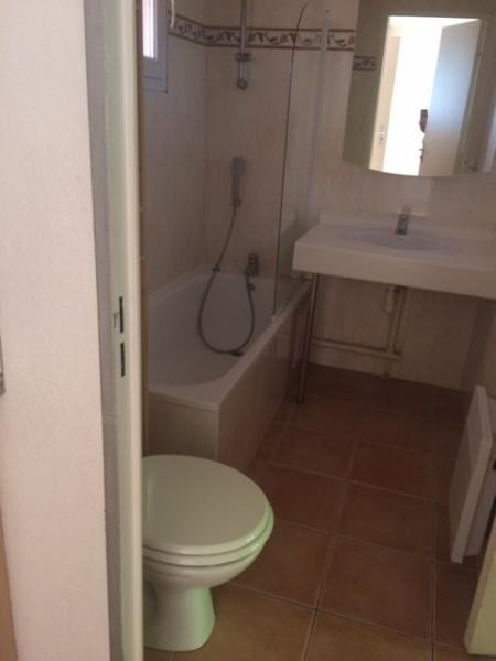 Location appartement Chateauneuf le rouge 720€ CC - Photo 4