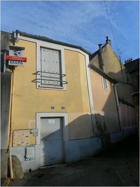 Rental apartment Corbeil essonnes 624€ CC - Picture 1