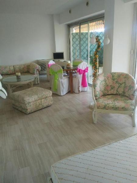 Sale apartment Golfe juan 340000€ - Picture 6