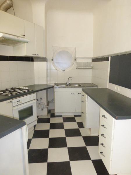 Rental apartment Aix en provence 814€ CC - Picture 4