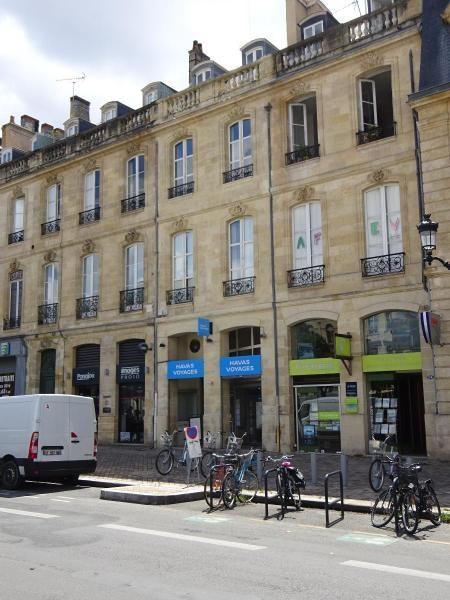 Location bureau Bordeaux 2244€ CC - Photo 1