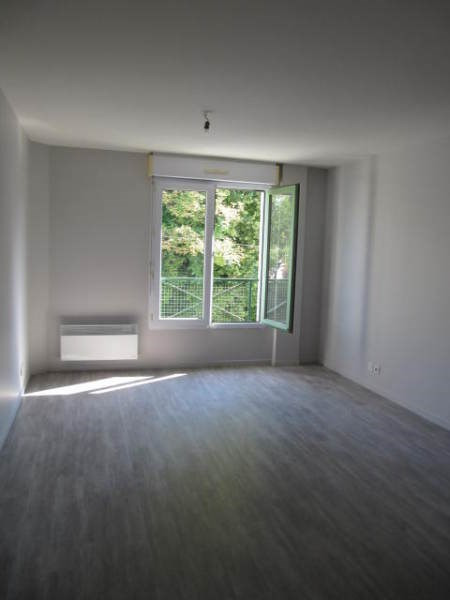 Location appartement La ferte alais 695€ CC - Photo 2