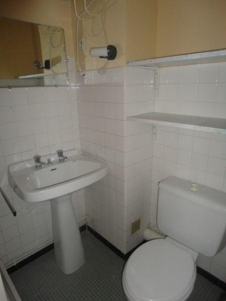Location appartement Aire sur l adour 271€ CC - Photo 4