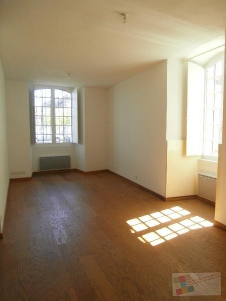 Location appartement Cognac 420€ CC - Photo 2