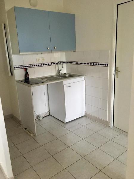Location appartement Aix en provence 755€ CC - Photo 2