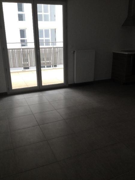 Location appartement Villeurbanne 814€ CC - Photo 7