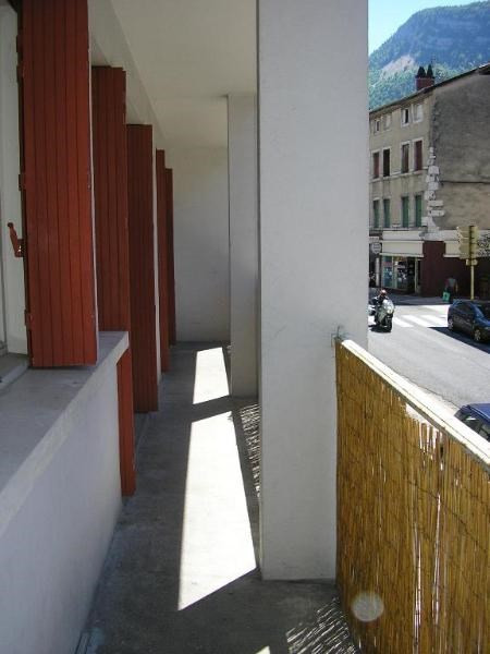 Rental apartment Nantua 718€ CC - Picture 1