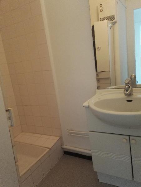 Location appartement Aix en provence 800€ CC - Photo 7