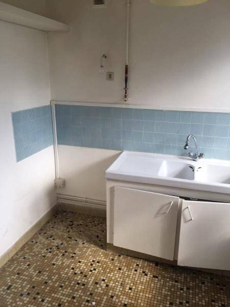 Location appartement Courbevoie 802€ CC - Photo 4