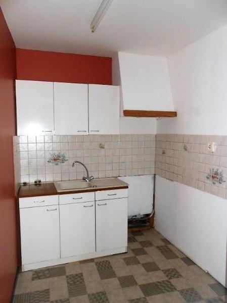 Location appartement Aire sur la lys 375€ CC - Photo 4