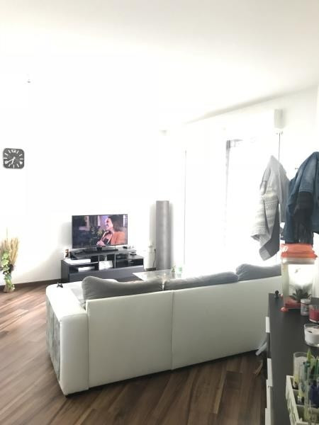 Rental apartment Lons 532€ CC - Picture 2
