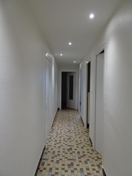 Location appartement Villefranche sur saone 754,75€ CC - Photo 8