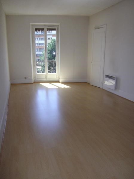 Location appartement Grenoble 635€ CC - Photo 3