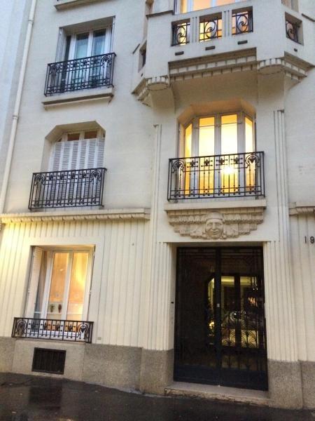 Location appartement Paris 16ème 2200€ CC - Photo 8