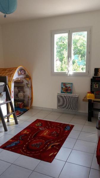 Rental house / villa Mimet 1170€ CC - Picture 2