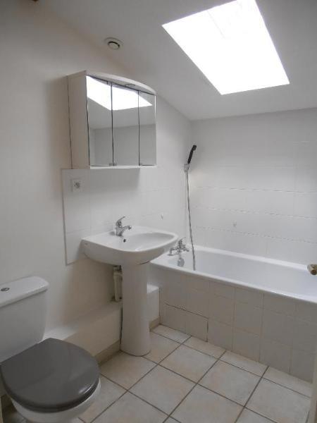 Rental apartment Leyssard 566€ CC - Picture 4