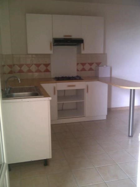 Rental apartment Sainte luce 590€ CC - Picture 2