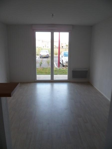 Rental apartment Frouzins 520€ CC - Picture 2
