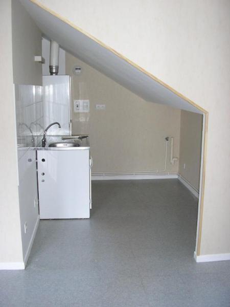 Rental apartment Montreal la cluse 461€ CC - Picture 4