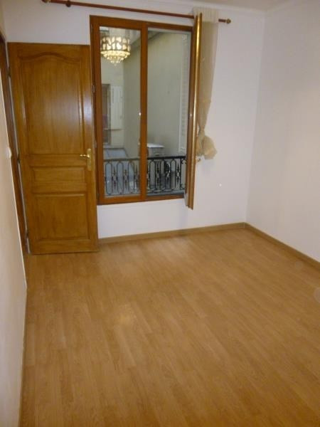 Sale apartment Paris 10ème 550000€ - Picture 5