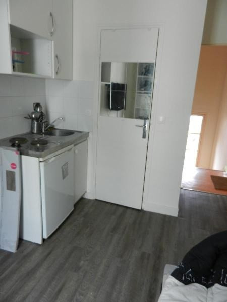 Location appartement Clichy 450€ CC - Photo 1