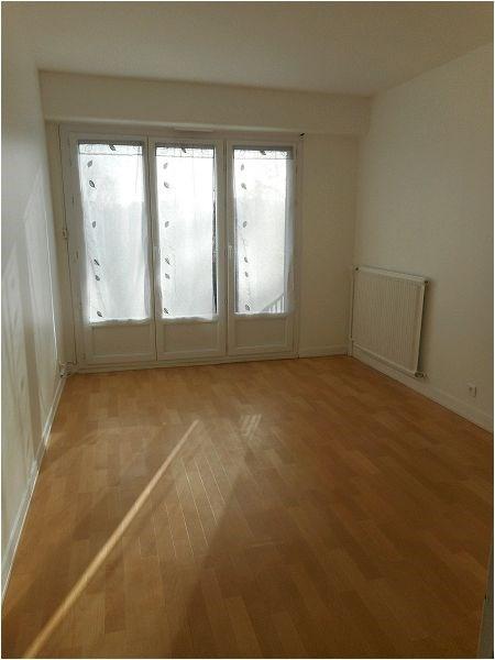 Location appartement Viry-châtillon 734€ CC - Photo 2