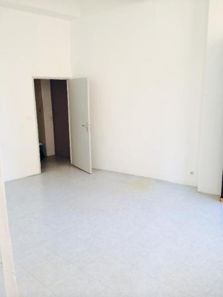 Location appartement Aix en provence 895€ CC - Photo 4