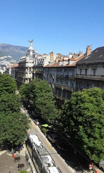 Location appartement Grenoble 736€ CC - Photo 3