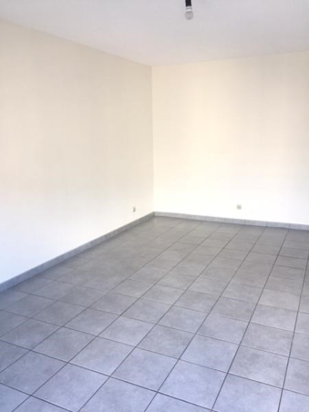 Location appartement Grenoble 548€ CC - Photo 5