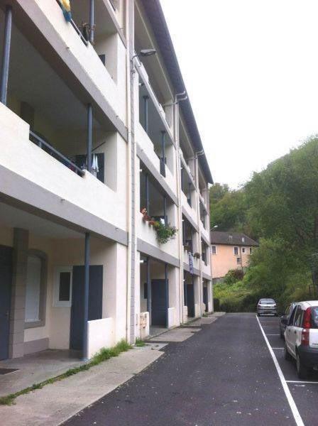 Location appartement Saint-rambert-en-bugey 369€ CC - Photo 1