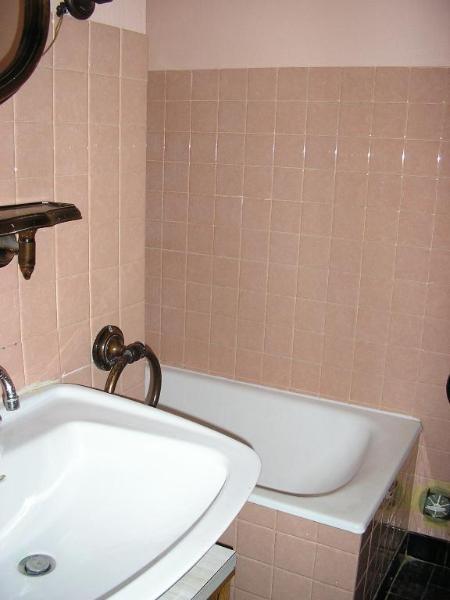 Rental apartment Montreal la cluse 606€ CC - Picture 4
