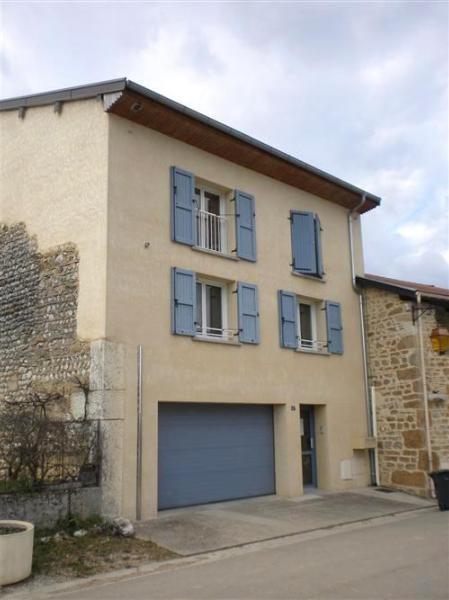 Location appartement Saint jean le vieux 713,42€ CC - Photo 1