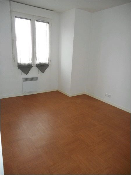 Rental apartment Viry chatillon 689€ CC - Picture 2