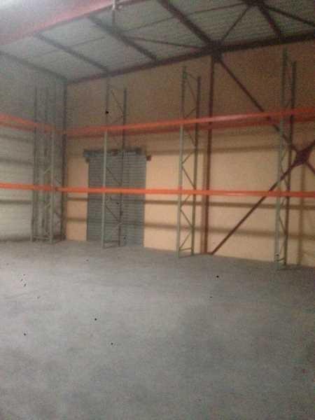 Location Local d'activités / Entrepôt Plailly 0
