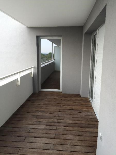 Rental apartment Bron 635€ CC - Picture 1