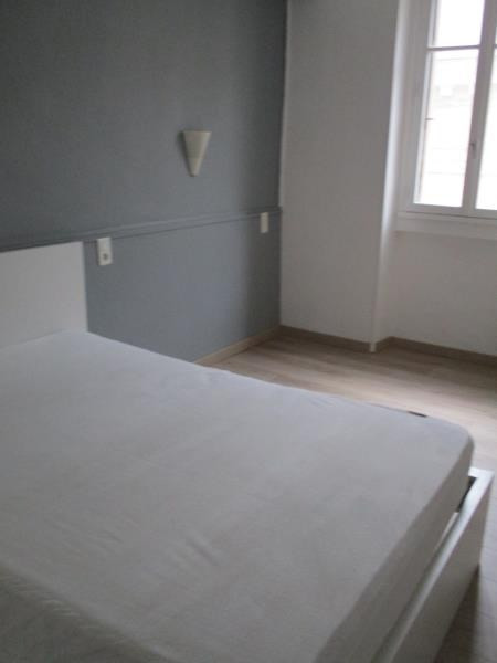 Rental apartment Nimes 350€ CC - Picture 1